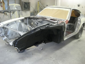 240Z shell being prepared for painting